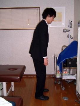 香川 猫背矯正 立位